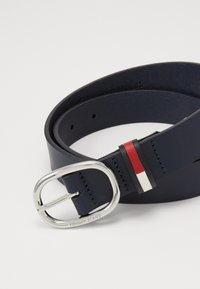 Tommy Jeans - OVAL FLAG INLAY BELT  - Belt - blue - 2