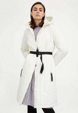 Winter coat - beige