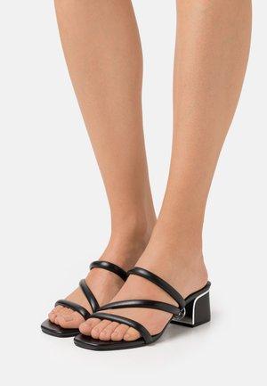 LANA MULE - Pantofle na podpatku - black