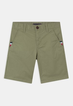 ESSENTIAL FLEX - Shorts - spring olive