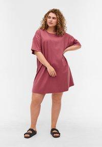 Zizzi - Basic T-shirt - deco rose - 1