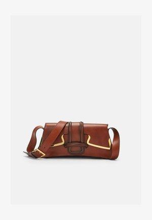 SHOULDER BAG - Across body bag - brown