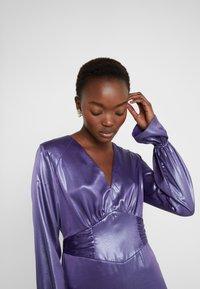 Three Floor - EXCLUSIVE DRESS - Vestido de cóctel - twilight purple/blue - 4