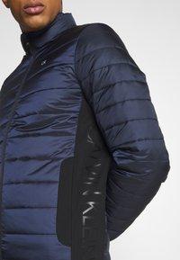 Calvin Klein - LIGHT WEIGHT SIDE LOGO JACKET - Light jacket - blue - 4