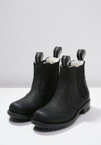 Shepherd - SANNA  - Kotníkové boty - black - 2