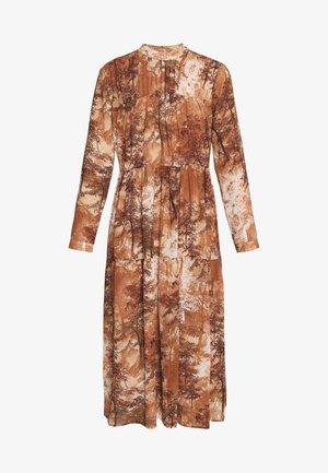 SLFFOREST SPILLE DRESS - Day dress - thrush