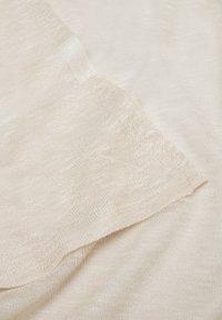 s.Oliver - Scarf - beige stripes - 5