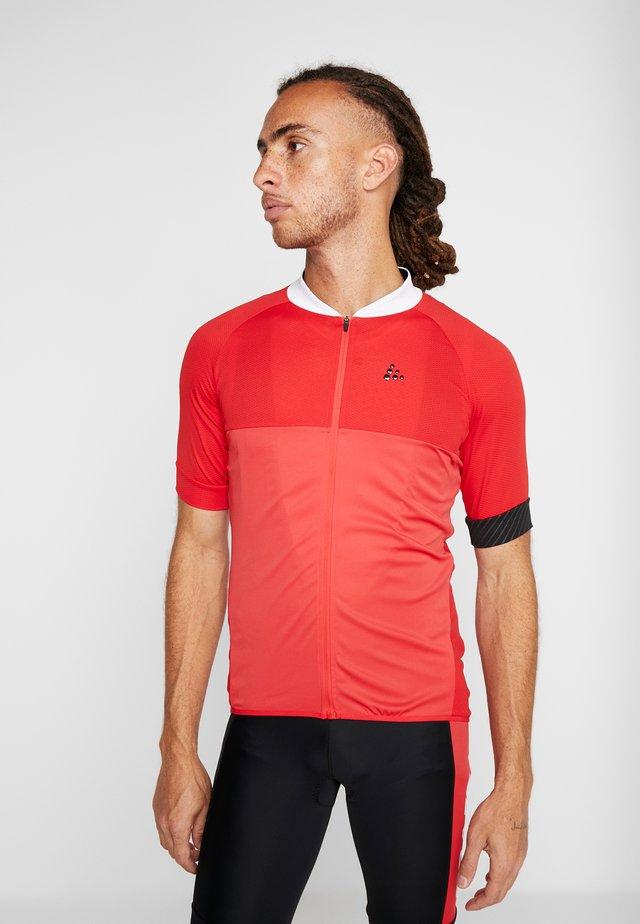 ADOPT  - Camiseta estampada - bright red/white