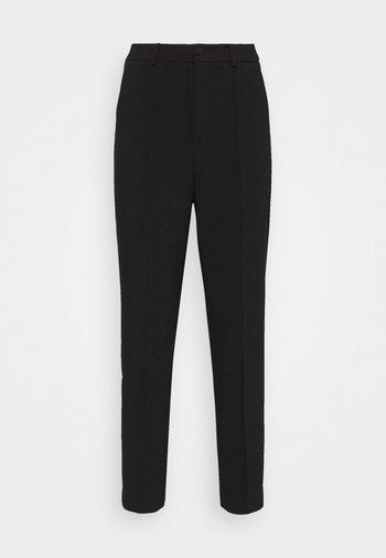 BASIC BUSSINESS PANTS WITH PINTUCKS  - Bukse - black