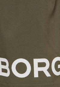 Björn Borg - SHORTS - Korte sportsbukser - ivy green - 2