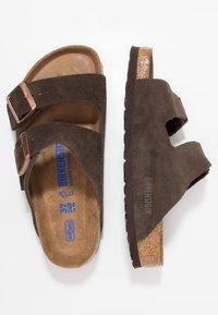 Birkenstock - ARIZONA SOFT FOOTBED - Klapki - mocca - 1