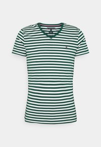 Tommy Hilfiger - STRETCH V NECK TEE - T-shirt - bas - rural green/ivory - 5