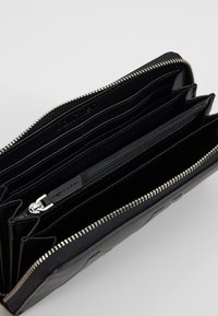 Calvin Klein - SHAPED ZIPAROUND - Portefeuille - black - 5