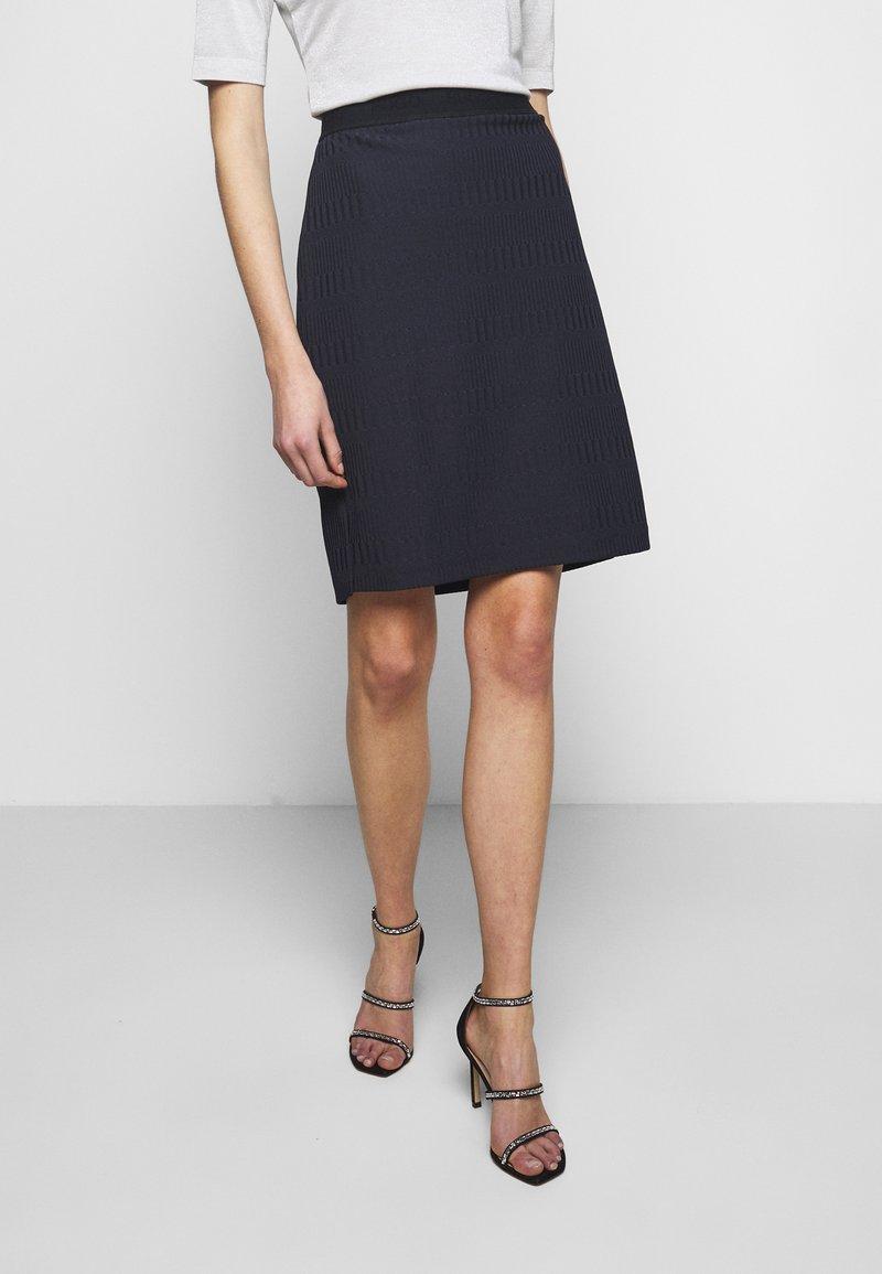 HUGO - NENALIA - Pouzdrová sukně - open blue