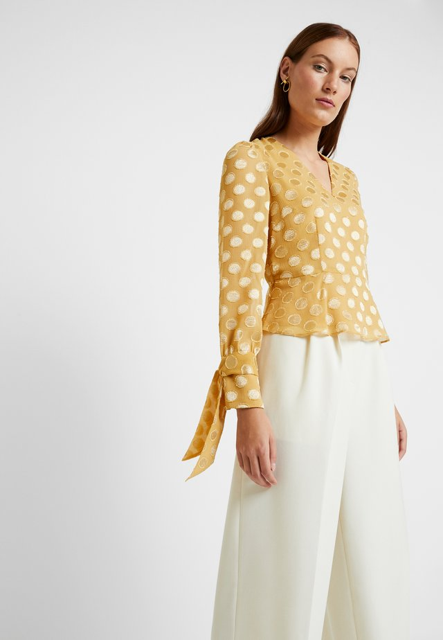 BLOUSE WITH PEPLUM - Blouse - honey