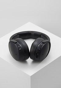 Skullcandy - VENUE ANC WIRELESS - Headphones - black - 2