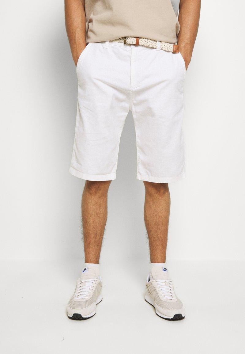 Esprit - BASIC - Shorts - white