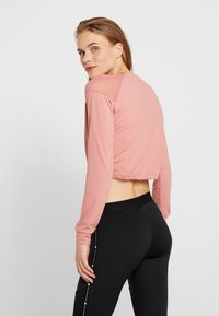 ONLY Play - ONPJAVA CROPPED TEE - Langærmede T-shirts - dusty rose - 2