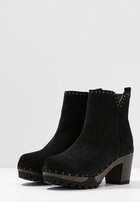 Softclox - OLESSIA - Platform ankle boots - schwarz - 4