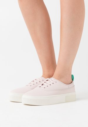 VANEELA S-VANEELA LOW SNEAKERS - Trainers - soft pink