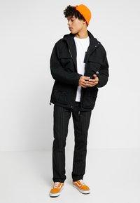 Carhartt WIP - ELMWOOD JACKET - Summer jacket - black - 1