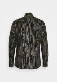 Twisted Tailor - SAGRADA SHIRT - Camicia - black/gold - 7