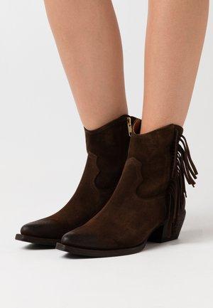 Cowboy/biker ankle boot - testa di moro
