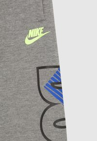 Nike Sportswear - JDI FLY JOGGER - Jogginghose - carbon heather - 2