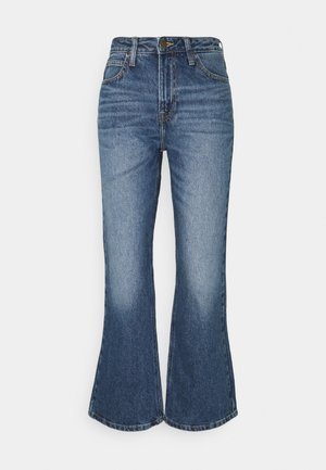 CAROL BOOT - Bootcut jeans - mid booster