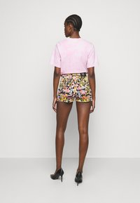 Versace Jeans Couture - LADY - Shorts - black - 2