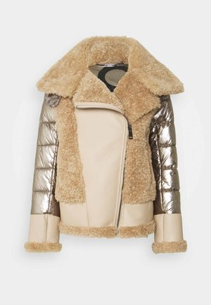 HELA JACKET - Chaqueta de invierno - metallic/copper