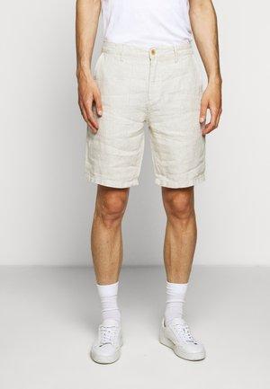 CROWN  - Shorts - oat