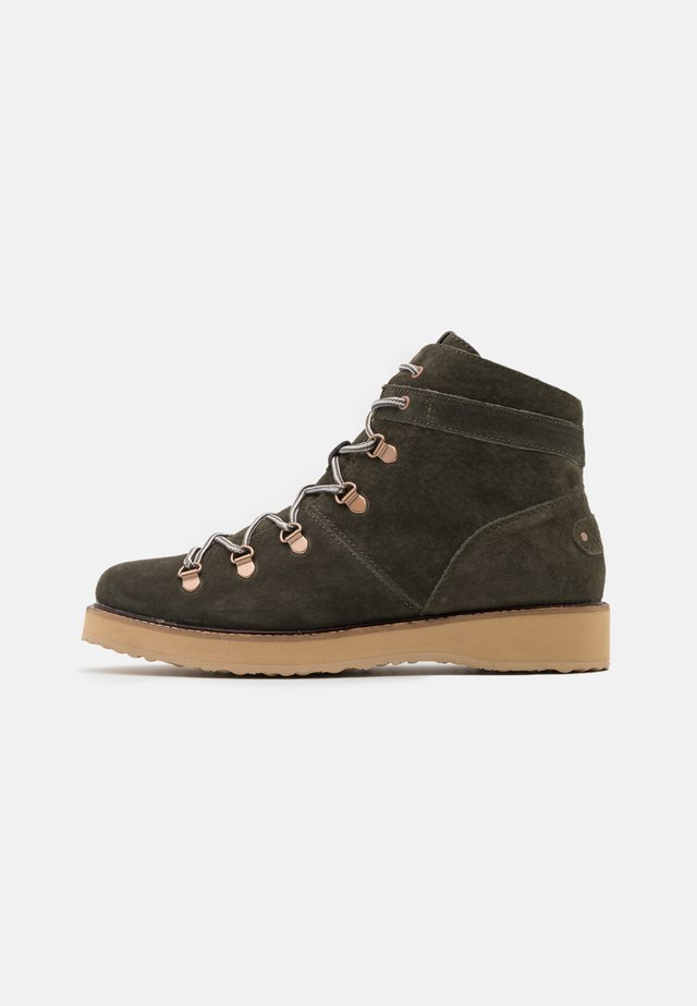 SPENCIR - Lace-up ankle boots - olive