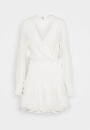 FLAWLESS WRAP DRESS - Day dress - white