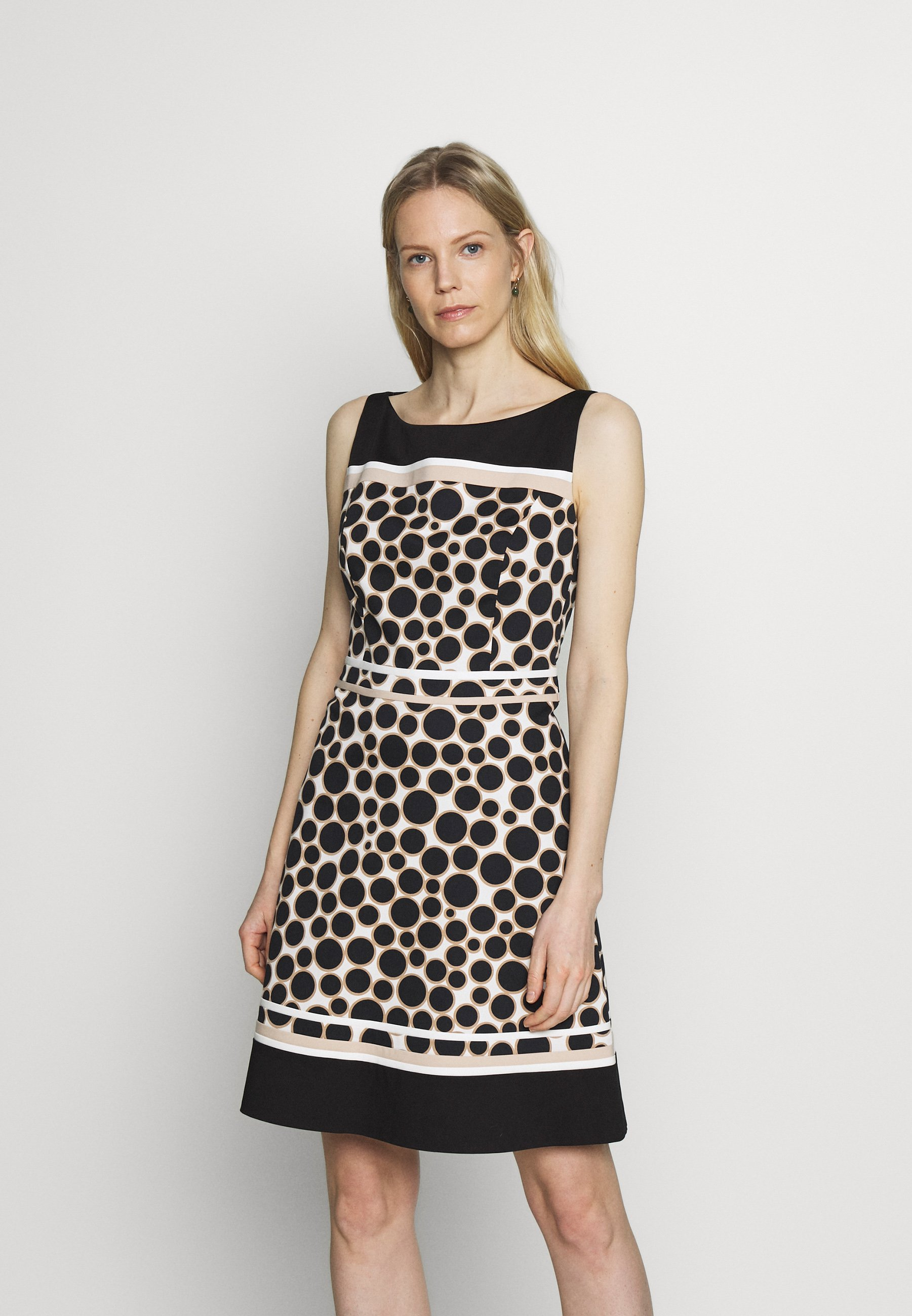 s.Oliver BLACK LABEL Cocktailkleid/festliches Kleid   circels ...