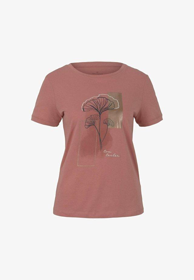 T-shirt print - dusty pastel pink
