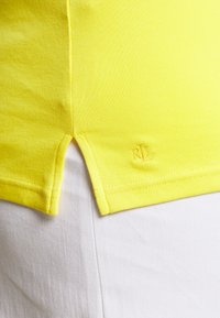 Lauren Ralph Lauren Woman - JUDY ELBOW SLEEVE - Basic T-shirt - hampton yellow - 4
