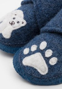 Nanga - POLAR BEAR UNISEX - Slippers - blau - 5