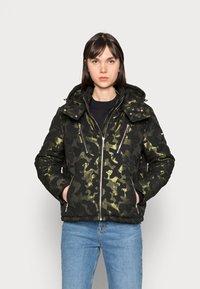 Liu Jo Jeans - IMBOTTITO OVATT - Winter jacket - verdone - 0