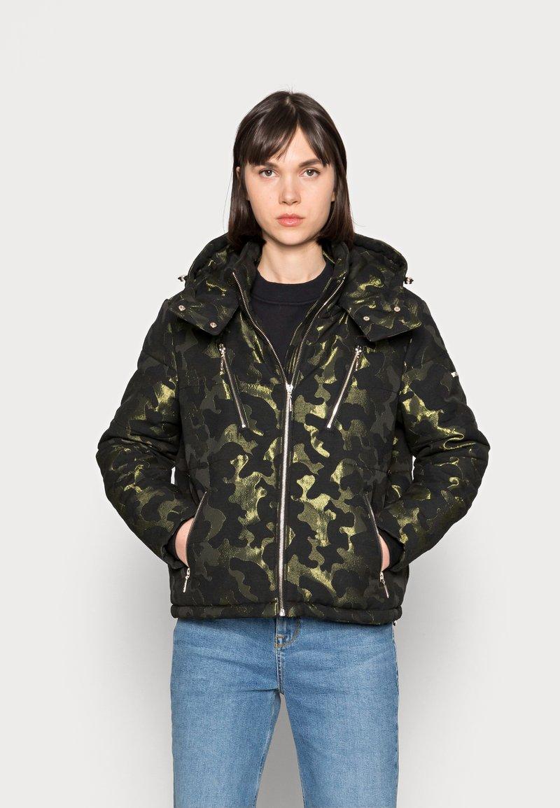 Liu Jo Jeans - IMBOTTITO OVATT - Winter jacket - verdone