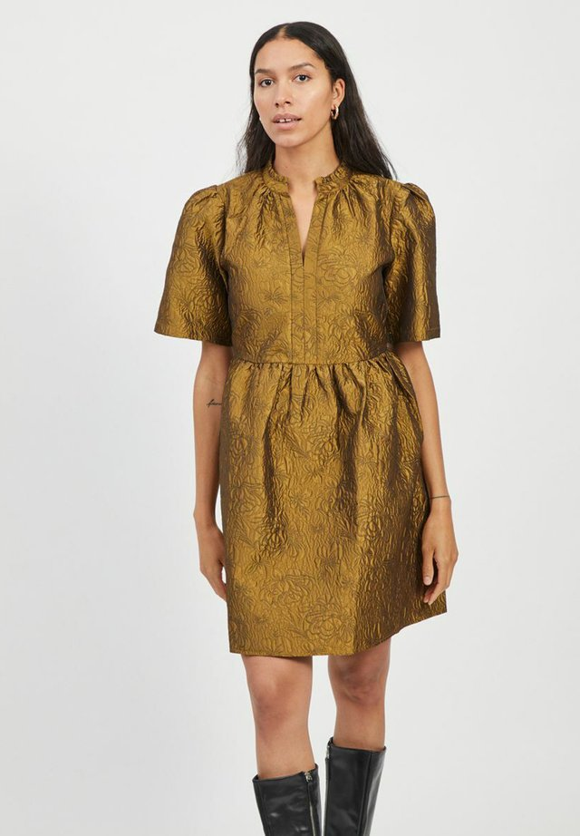 Sukienka koktajlowa - tapenade