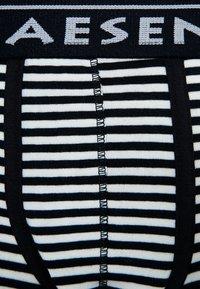 Claesen's - 2 PACK - Pants - navy/white - 3