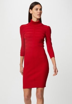 FITTED - Shift dress - red