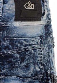 Cipo & Baxx - COOLER WASCHUNG UND ZIERNÄHTEN - Straight leg jeans - blue - 6