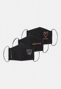 Maison Hēroïne - HEART 3 PACK - Stoffen mondkapje - black - 5