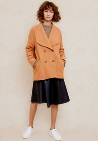 jeeij - Short coat - apricot - 4