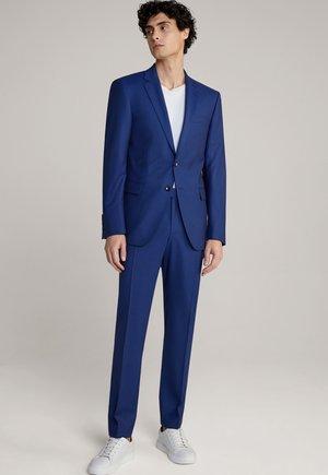 Suit - stahlblau