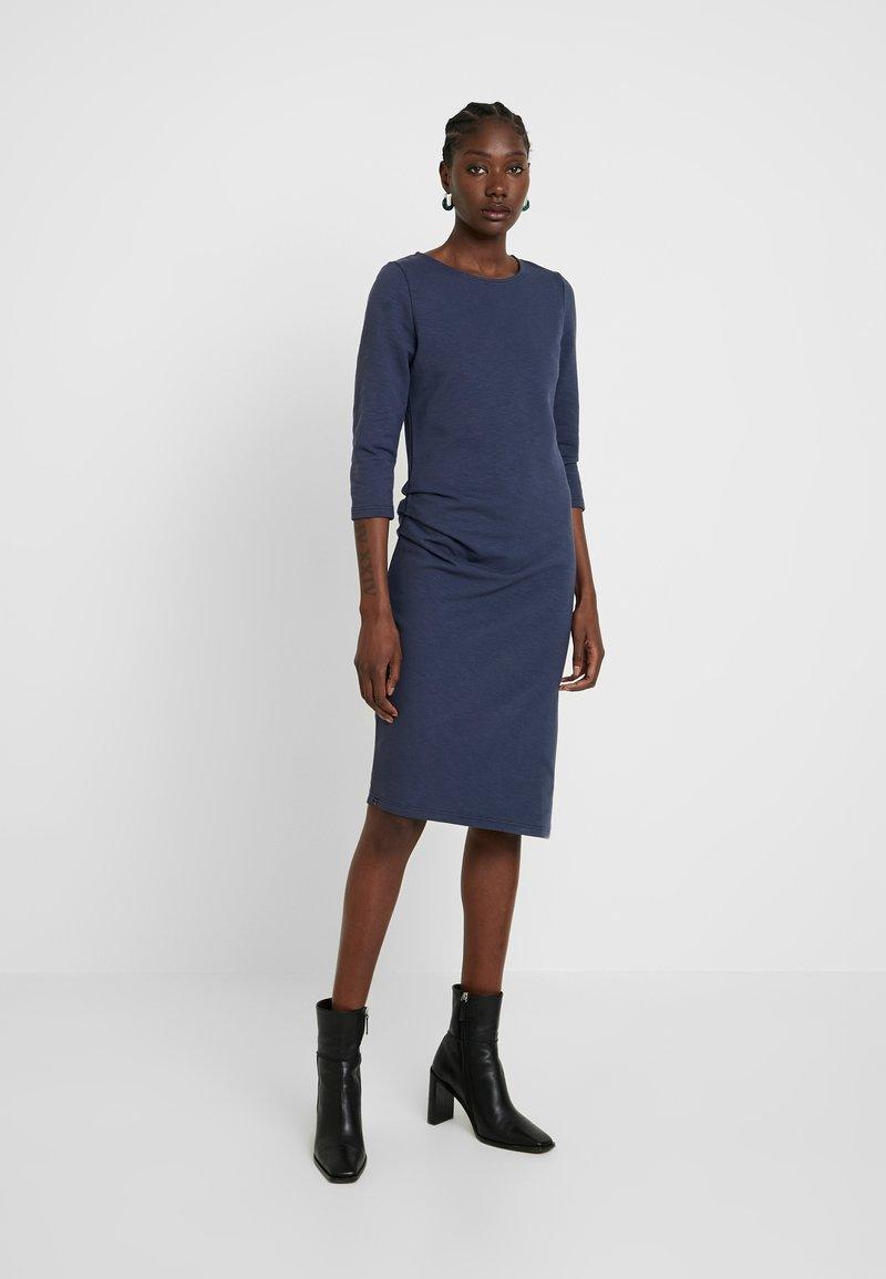 AMOV - CHARLOT SLUB DRESS - Vapaa-ajan mekko - mood indigo
