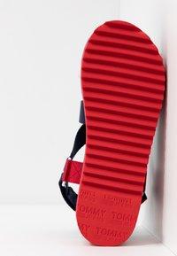 Tommy Jeans - POP COLOR FLATFORM SANDAL - Sandály na platformě - twilight navy - 6