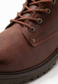 Wrangler - YUMA - Lace-up ankle boots - cognac/military - 5